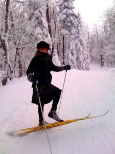 Debbie Kates, skiing